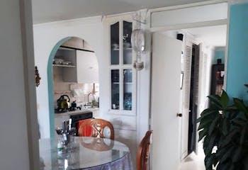 Apartamento en San Javier, La America - 60mt, dos alcobas, balcón