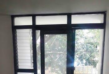 Casa en Calasanz, La America - 180mt, cuatro alcobas, balcón