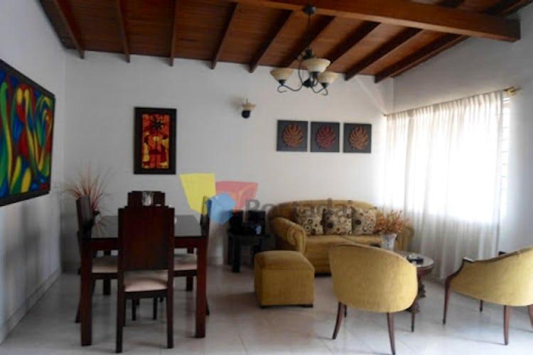 Portada Casa en La America-Calasanz, con 4 Habitaciones - 129 mt2.