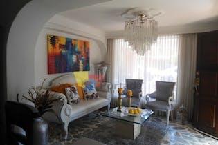 Casa en La Mota, Belen - 117mt, tres alcobas, dos niveles