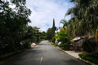 Casa en San Jose, Sabaneta - Cuatro alcobas