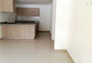 Apartamento en El Retiro, Antioquia - 77mt, tres alcbas, balcón