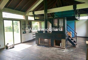 Casa Lote en Chía, Cundinamarca con 3 habitaciones.