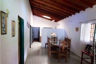 Finca en venta en Casco Urbano Barbosa 1300m² con Bbq...