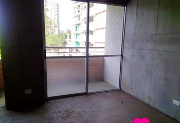 Apartamento en venta en Hospital Mental de tres alcobas, balcón