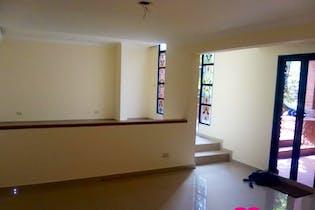 Casa En los Balsos-Medellin, con 4 Habitaciones - 260 mt2.