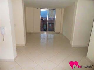 Un cuarto de baño blanco con un piso de azulejo rosa en Apartamento en San Javier Nº 1, San Javier - 72mt, dos alcobas, balcón