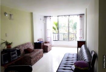 Apartamento en Barrio obrero, Envigad, Cuenta con tres habitaciones