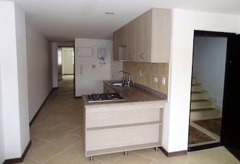 Apartamento en La Floresta, La America - 64mt, dos alcobas, balcón