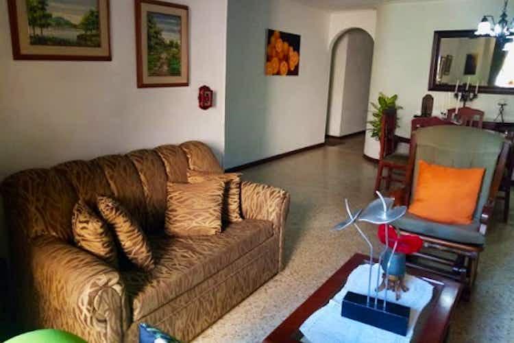 Portada Apartamento en Conquistadores, Laureles - 144mt, cuatro alcobas, balcón