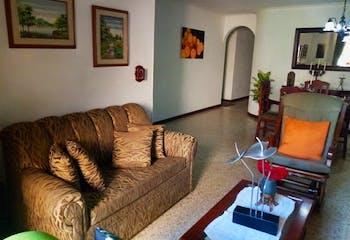 Apartamento en Conquistadores, Laureles - 144mt, cuatro alcobas, balcón