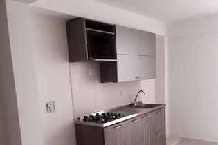 Apartamento en Manrique Central I, Aranjuez - 118mt, tres alcobas, patio