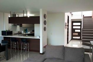 Casa en Ditaires, itagui, 3 Habitaciones- 266m2.