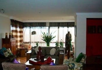 Apartamento duplex en Los Balsos, El Poblado, 4 Habitaciones- 368m2.