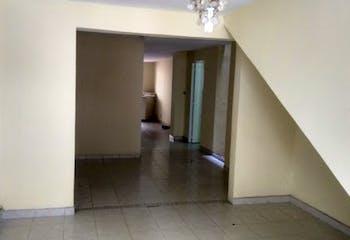 Casa en Cabañas, Bello - 108mt, cuatro alcobas, dos patios