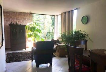 Apartamento en Loma de Las Brujas, Envigado, 4 Habitaciones- 140m2.