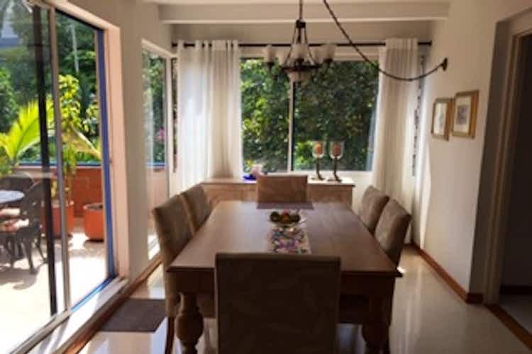 Portada Apartamento en venta en Loma del Escobero  de  3 habitaciones