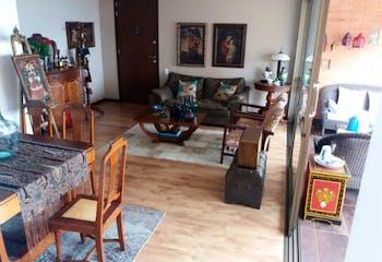 Apartamento en El Tesoro, Poblado - 130mt, dos alcobas, balcón