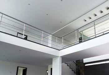 Casa en Rionegro-Llanogrande, con 5 Habitaciones - 575 mt2.