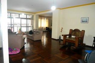 Apartamento en Villa Nueva, Candelaria - 280mt, cuatro alcobas, dos balcones