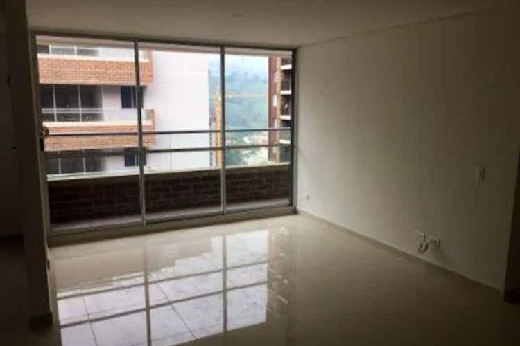 Portada Apartamento en Calle del Banco-Sabaneta, con 3 habitaciones - 73 mt2.