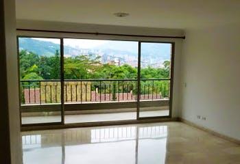 Apartamento en La Frontera, Poblado - 154mt, tres alcobas, balcón
