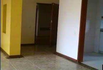 Apartamento en Loma de los Bernal, Belen - 100mt, tres alcobas, balcón