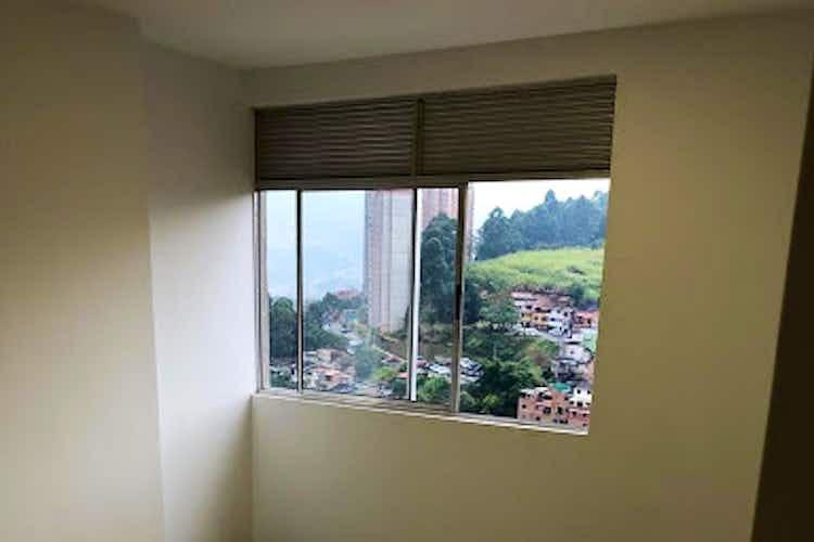 Portada Apartamento en El Poblado-Loma del Indio, con 2 Habitaciones - 38 mt2.