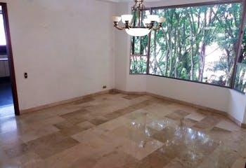 Casa en El Tesoro-El Poblado, con 4 Habitaciones - 519 mt2.