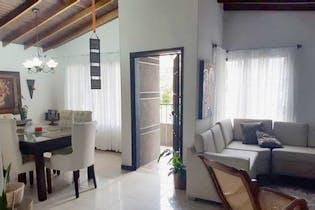 Casa en La América-Simón Bolívar con 5 Habitaciones - 193 mt2.