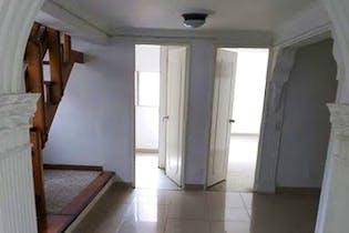 Casa en Laureles-Lorena, con 6 Habitaciones - 210 mt2.