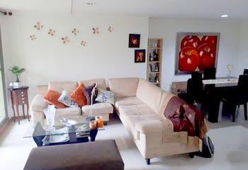 Apartamento de 99m2 en Aves María, Sabaneta - con tres habitaciones
