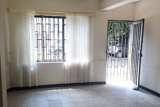 Casa en Bolivariana, Laureles - Tres alcobas