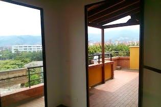 Apartamento en venta en San Joaquín de 3 habitaciones