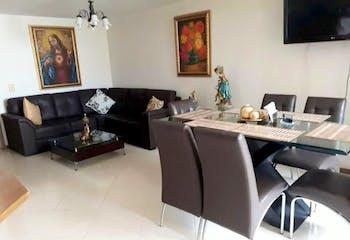 Apartamento de 94m2 en Aves María, Sabaneta - con tres habitaciones