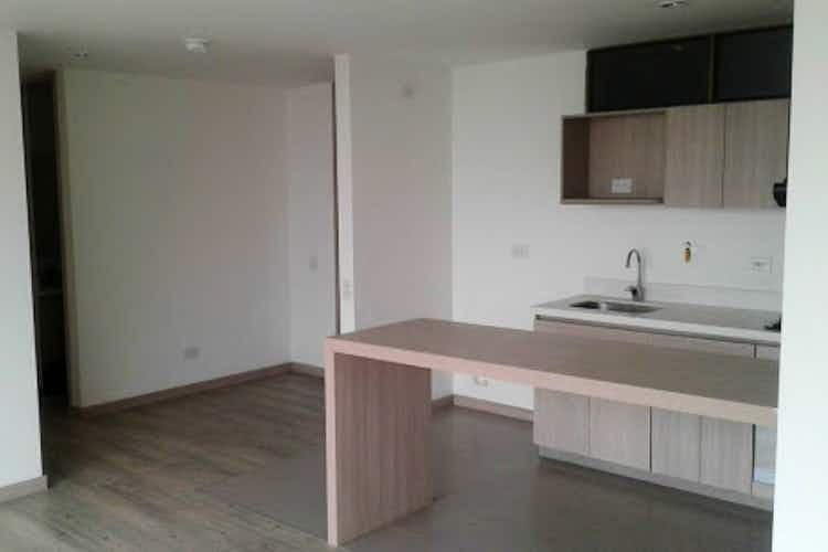 Portada Apartamento en venta en Toledo, 72mt con balcon.