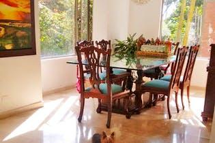 Casa en Loma de los Benedictinos, Envigado - Tres alcobas