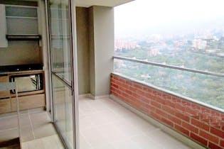 Apartamento en La Loma de las Brujas - Envigado, cuenta con tres habitaciones