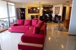 Apartamento de 135m2 en Aves María, Sabaneta - con tres habitaciones