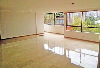 Apartamento en Lalinde, Poblado - 165mt, tres alcobas, parqueadero doble