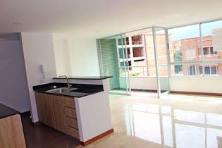 Apartamento en Bolivariana, Laureles - 92mt, tres alcobas, balcón