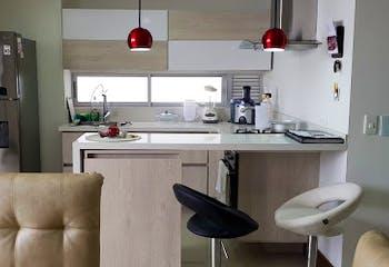 Apartamento en venta en Las Acacias de 3 hab. con Piscina...