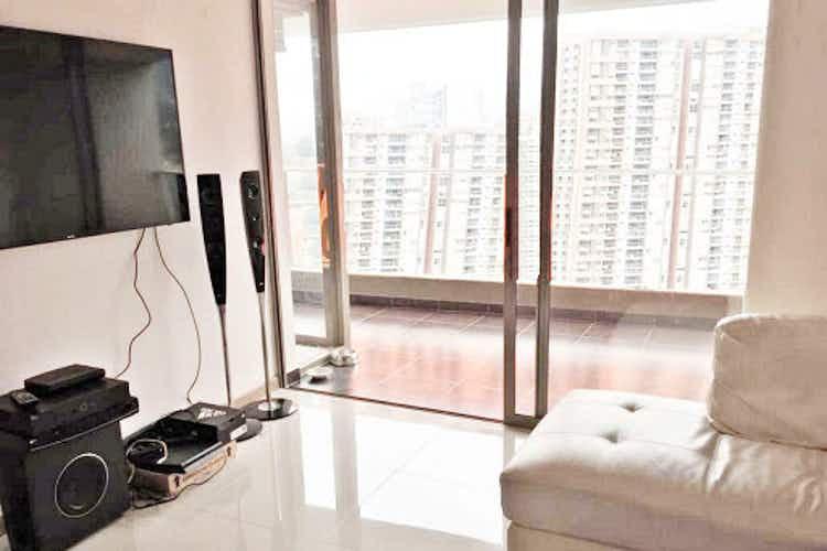 Portada Apartamento En El Esmeraldal - Envigado, con tres habitaciones