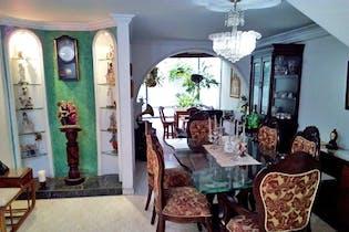 Casa Unifamiliar de 320 Mtrs, La America-simon Bolivar- 4 Habitaciones