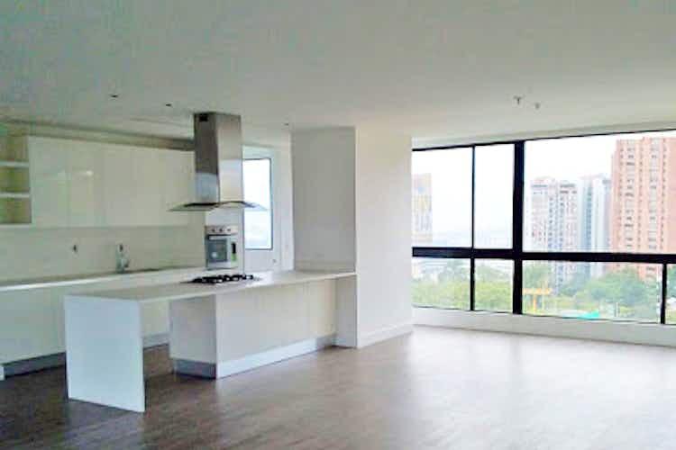 Portada Apartamento en El Poblado-Los Balsos, con 3 Habitaciones - 220 mt2.