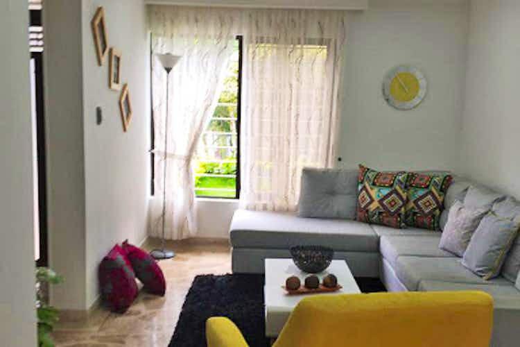 Portada Casa 210 mt2 ,la America - Simon Bolivar 1 piso ,5 Habitaciones.