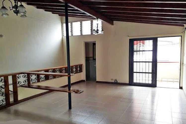 Portada Casa en El Estadio-Estadio, con 4 Habitaciones - 132 mt2.