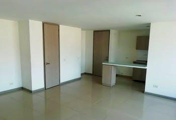 Apartamento en Restrepo Naranjo, Sabaneta - 84mt, tres alcobas, balcón