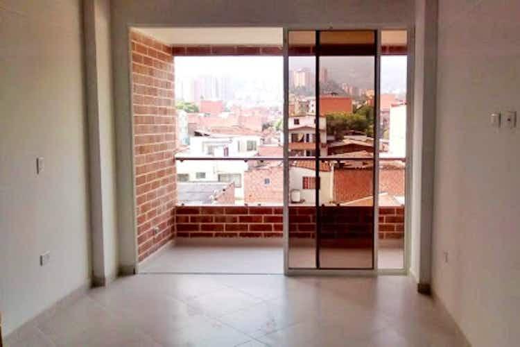 Portada Apartamento En Otra Parte - Envigado, cuenta con tres habitaciones