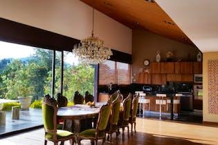 Casa 550 mts2-Ubicada en el Retiro- el retiro,4 Habitaciones.